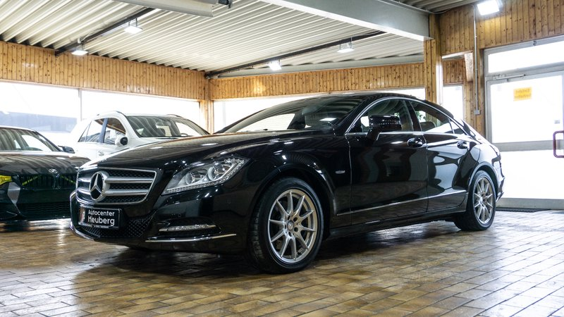 mercedes benz cls 350 cdi leder bi xenon 1 hand mwst navi. Black Bedroom Furniture Sets. Home Design Ideas